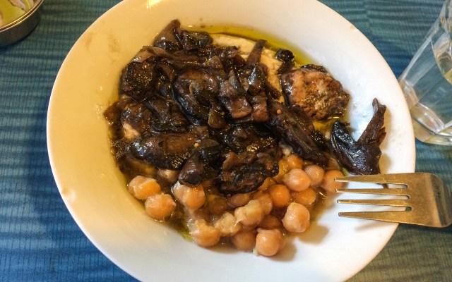 israelisches Essen - Hummus