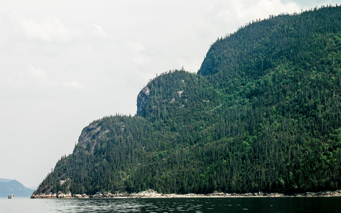 "quebec-roadtrip-saguenay-fjord-nationalpark"" width=""1200"" height=""750"" srcset=""https://i2.wp.com/viel-unterwegs.de/wp-content/uploads/2019/08/quebec-roadtrip-saguenay-fjord-nationalpark.jpg?w=1160&ssl=1 1200w, https://viel-unterwegs.de/wp-content/uploads/2019/08/quebec-roadtrip-saguenay-fjord-nationalpark-500x313.jpg 500w, https://viel-unterwegs.de/wp-content/uploads/2019/08/quebec-roadtrip-saguenay-fjord-nationalpark-768x480.jpg 768w, https://viel-unterwegs.de/wp-content/uploads/2019/08/quebec-roadtrip-saguenay-fjord-nationalpark-1024x640.jpg 1024w"" sizes=""(max-width: 1200px) 100vw, 1200px""/></noscript data-recalc-dims="