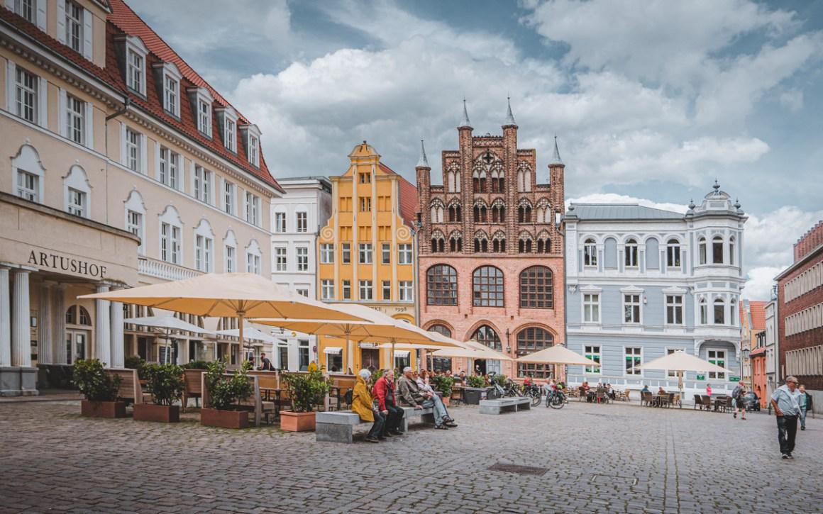 Wulflamhaus op de oude markt in Stralsund.