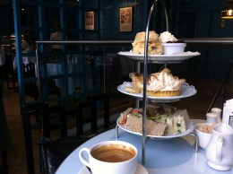 Willow Tearoom, Glasgow: Tea for two