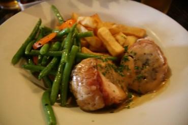 World's End Pub, Edinburgh: Balmoral Chicken