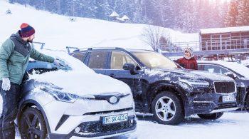 Nie mehr kratzen - und dafür umso entspannter losfahren. Eine Standheizung befreit Autoscheiben bequem von Eis und Schnee.