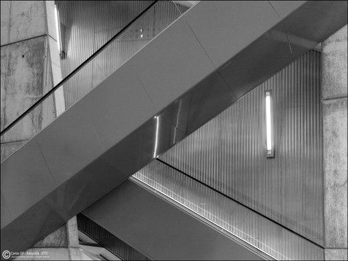 #7 - Museo Pablo Serrano - escalera mecánica
