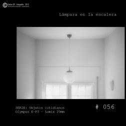 Lámpara en la escalera (Objetos cotidianos #56)