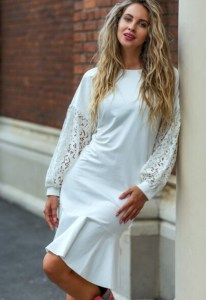 rochie alba frumoasa