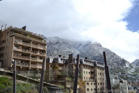 1 Andorra
