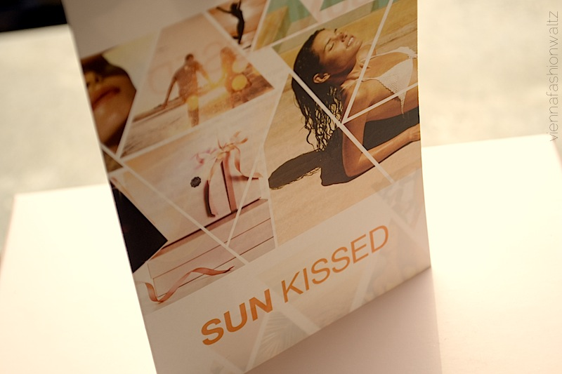 01 Glossybox August 2013 Sun Kissed