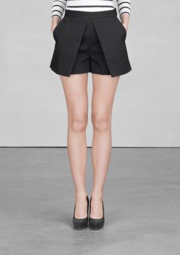 Cotton-blend shorts € 65,00