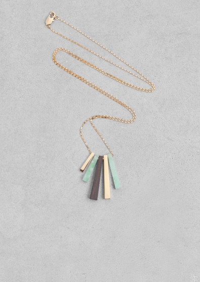 Lara Melchior stone necklace € 55,00