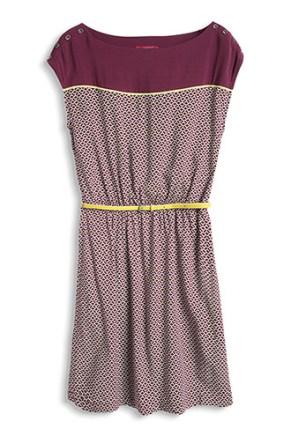 Esprit Seidiges Print Kleid mit Gürtel € 59,99 www.esprit.at/damenmode/kleider/stoff-jerseykleider/seidiges-print-kleid-mit-g%C3%BCrtel-034CC1E010_599