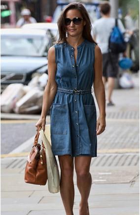 pippa middleton http-_www.mydaily.co.uk_2011_07_15_pippa-middleton-style-denim-dress-whistles_