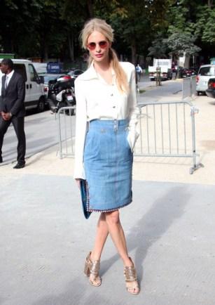 Poppy Delevingne http-_www.stylebistro.com_lookbook_Denim+Skirt__v4xzGD05Ys