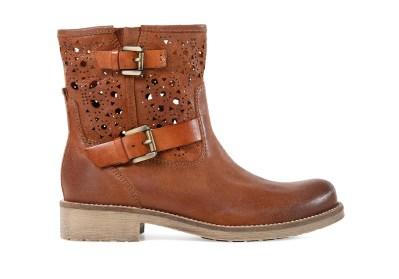 Boots von Geox um 135€ http://www.amazon.de/Geox-VIRNA-D4251B000TFC6017-Damen-Biker/dp/B00DY40BRQ/ref=sr_1_4?s=shoes&ie=UTF8&qid=1397399370&sr=1-4