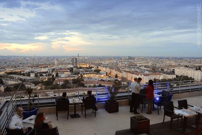 Über den Dächern von Wien: Die besten Rooftop Cocktail Bars