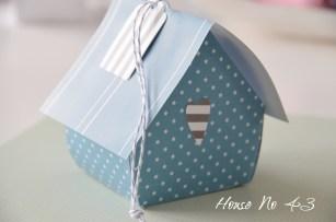 http://houseno43.blogspot.co.at/2013/02/diy-vogelhaus-do-it-yourself-bird-house.html