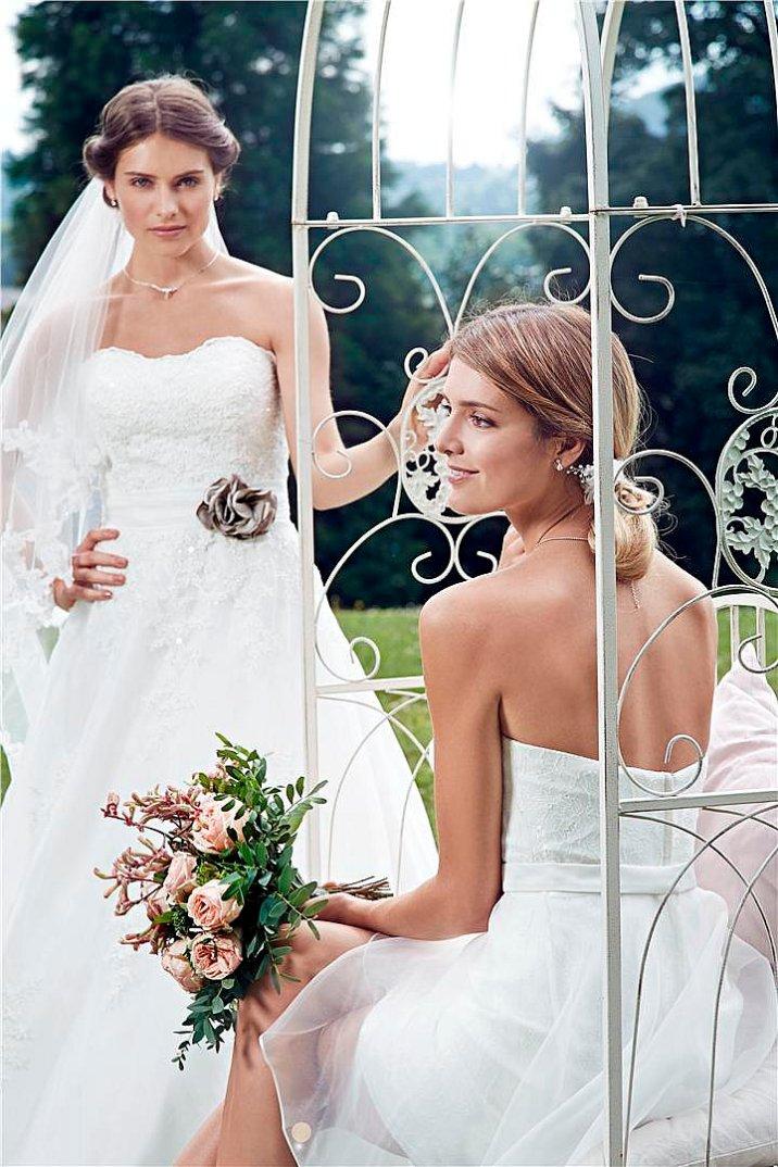 Steinecker Hochzeit Kollektion Hochzeitsmode Hochzeitskleider Wedding Dress Weddingdress - Vienna Fashion Waltz Blog 5