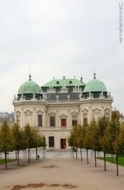 vienna fashion waltz blog - schloss belvedere - garten - botschaft spazieren gehen - wien vienna (2)