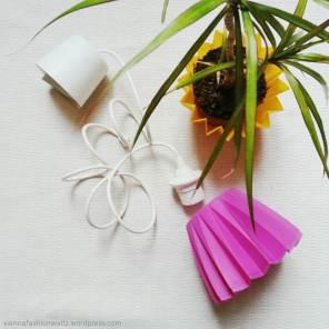 Lampenschirm aus altem Blumenübertopf