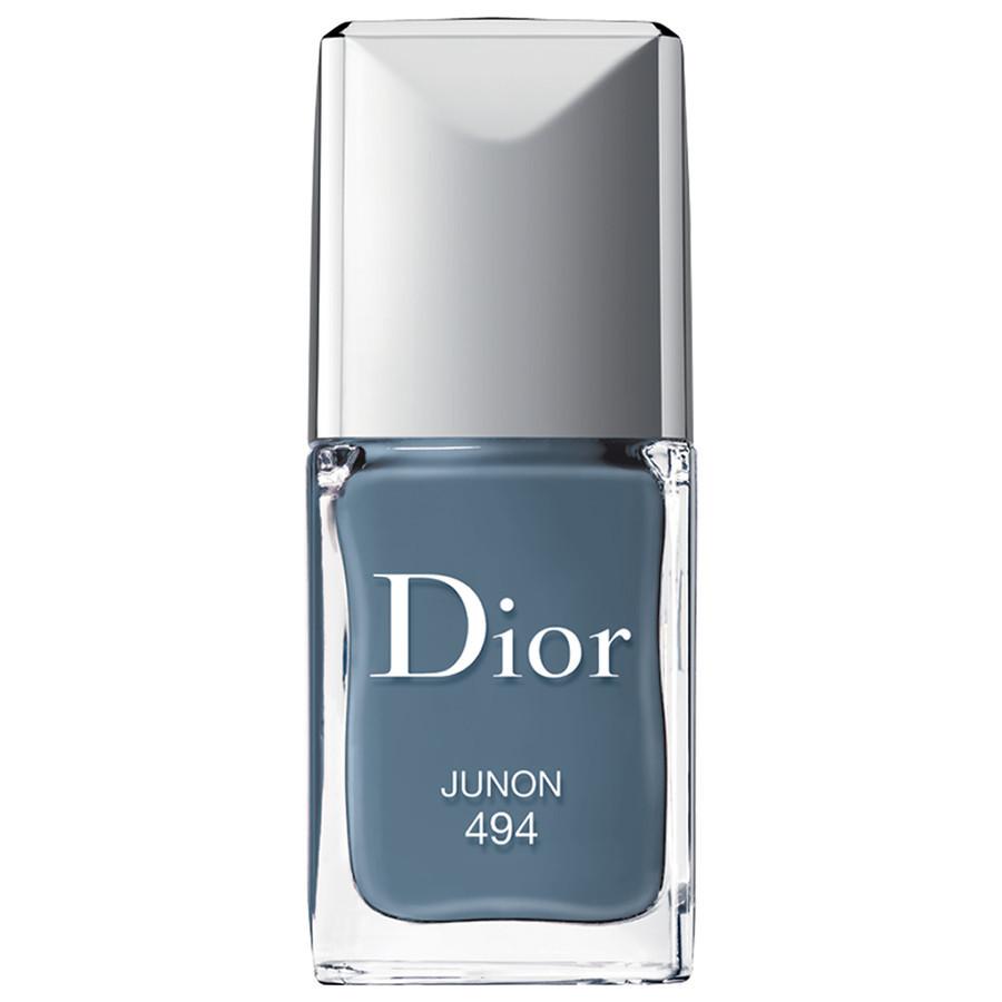Tolles Graublau um 25,95€ https://www.douglas.at/douglas/Make-up/N%C3%A4gel/Nagellack/Make-up-N%C3%A4gel-Nagellack-Dior-Nagellack-Rouge-Dior-Vernis-Nr.494-Junon_product_798275.html?sourceRef=Djv8kLQfT
