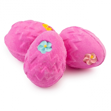 Lush Fluffy Egg € 4,95 https://www.lush.at/shop/product/product/path/297/id/1917/OSTERN-Fluffy-Egg