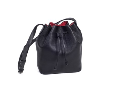 Horn handbag-cinchsack-kid-black-1