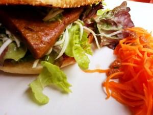 Restaurant Landia, vegetarisch in Wien, Burger, viennafashionwaltz