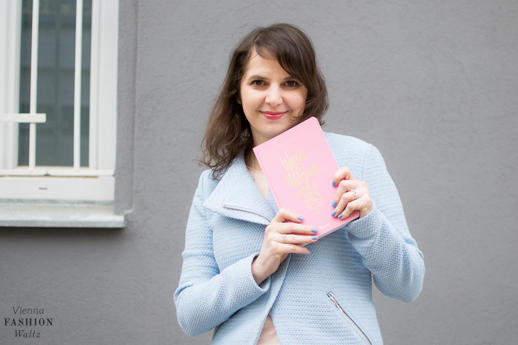 Pantone Trendfarbe 206 Rose Quartz Serenity Fashionblog www.ViennaFashionWaltz.com Wien Österreich Austria (3 von 23)