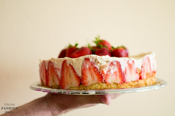 Erdbeer-Karamel-Torte Food Blog www.ViennaFashionWaltz.com-4