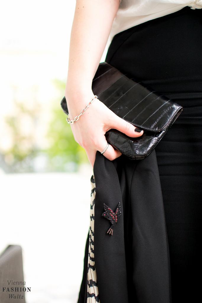Outfit Black & White Adidas Bounce H&M Kleid Fashion Blog www.ViennaFashionWaltz.com-14