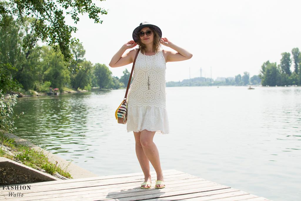 white Summerdress, Fashionblog Wien Österreich www.viennafashionwaltz.com White Summer Dress Desigual (7 von 38)