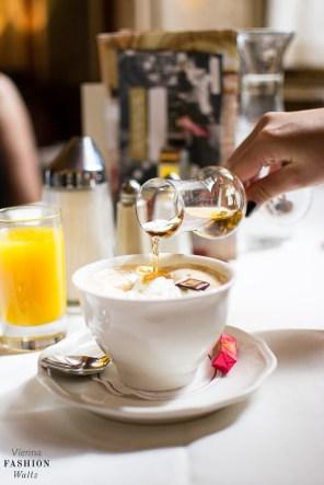 food-lifestyleblog-wien-oesterreich-www-viennafashionwaltz-com-cafe-central-fruehstueck-good-morning-vienna-7-von-36