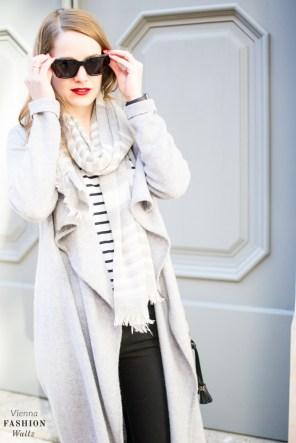 fashion-food-lifestyle-blog-wien-austria-oesterreich-www-viennafashionwaltz-com-cozy-knits-comma-cardigan-hm-schal-coccinelle-tasche-tkmaxx-esprit-jeans-13-von-37