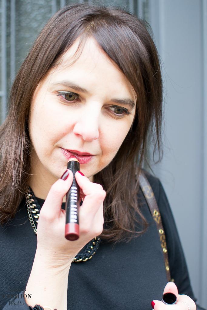 fashion-food-lifestyle-blog-wien-austria-osterreich-www-viennafashionwaltz-com-all-black-outfit-look-black-dress-1-von-50