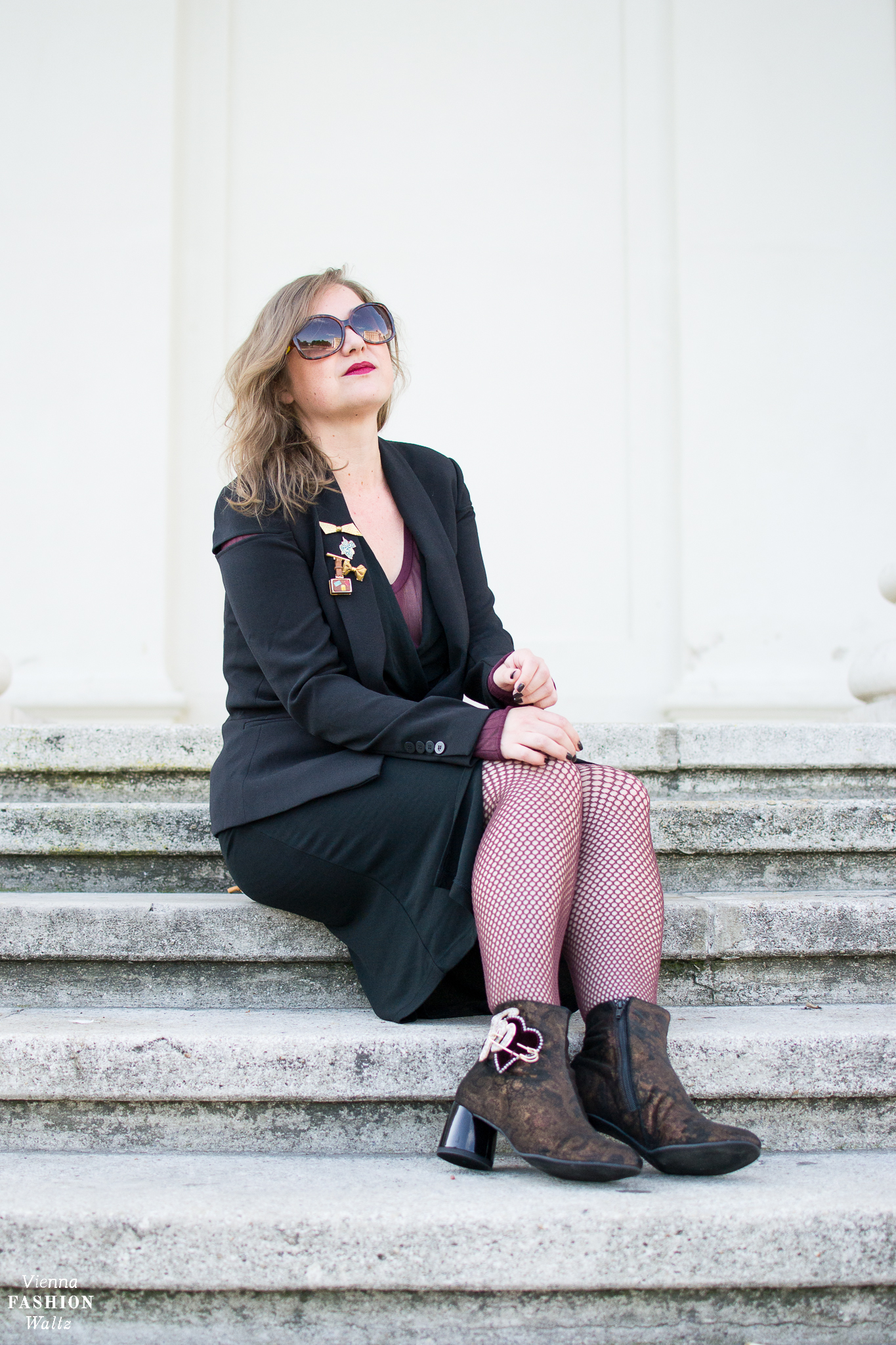Fashion Trends 2017: Velvet Brokat Sheer Look Patches | Vienna Streetstyle