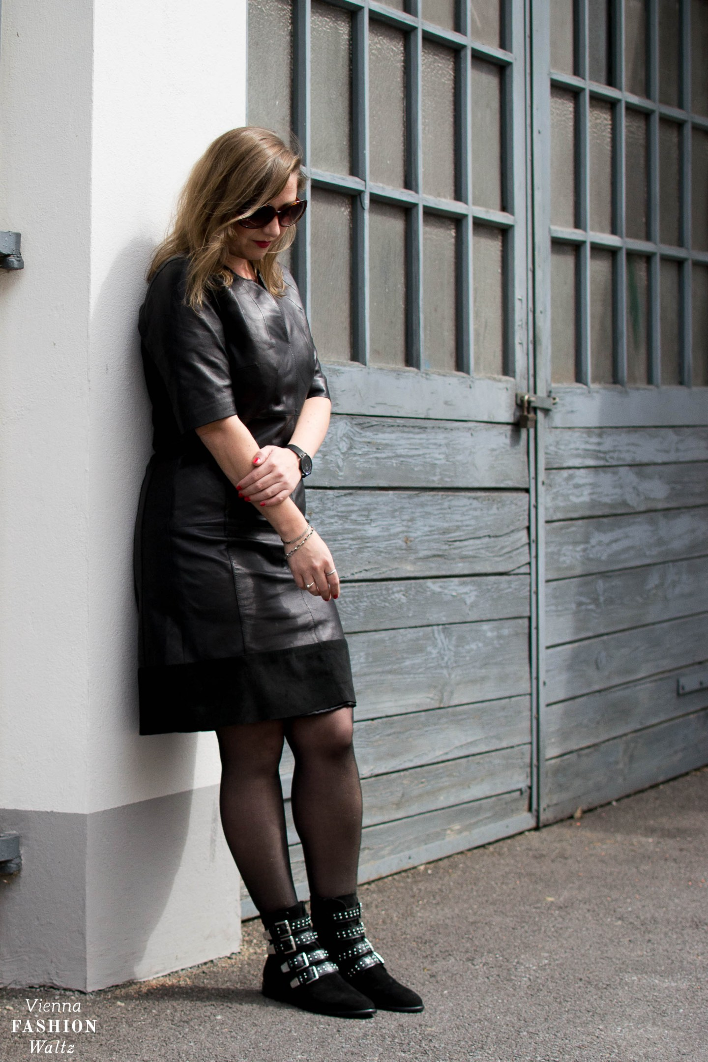 Elegant Elegant Rock Style with Biker Boots, Rock chic Leatherdress Outfit