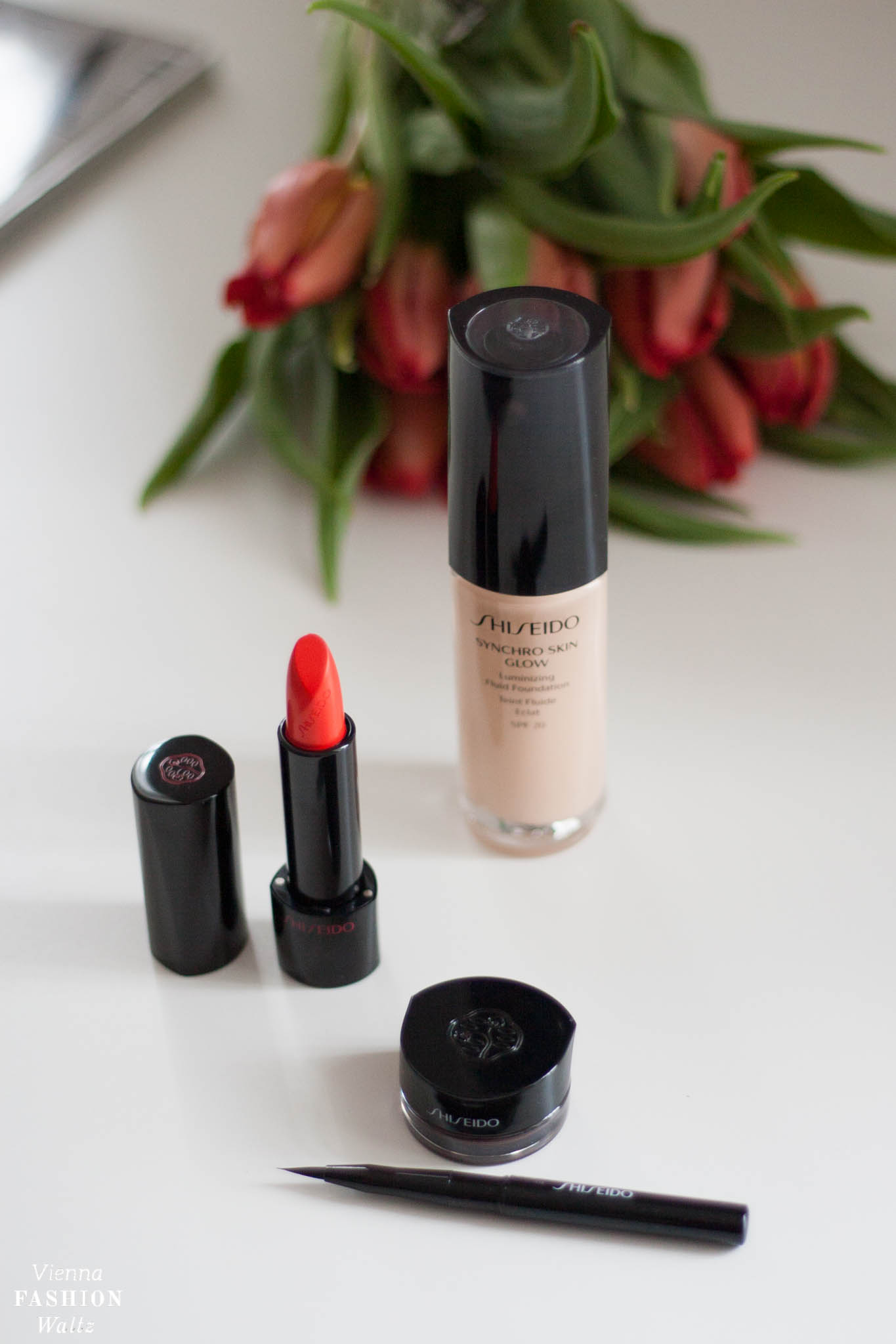 Review Shiseido Produkttest Foundation Rouge Rouge Eyeliner