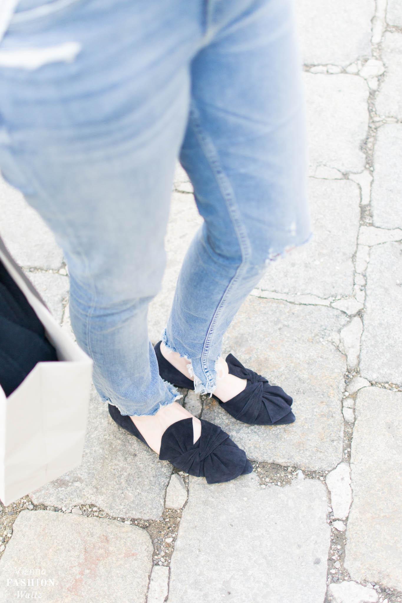 Destroyed Jeans-Look mit Boyfriend Hemd von H&M