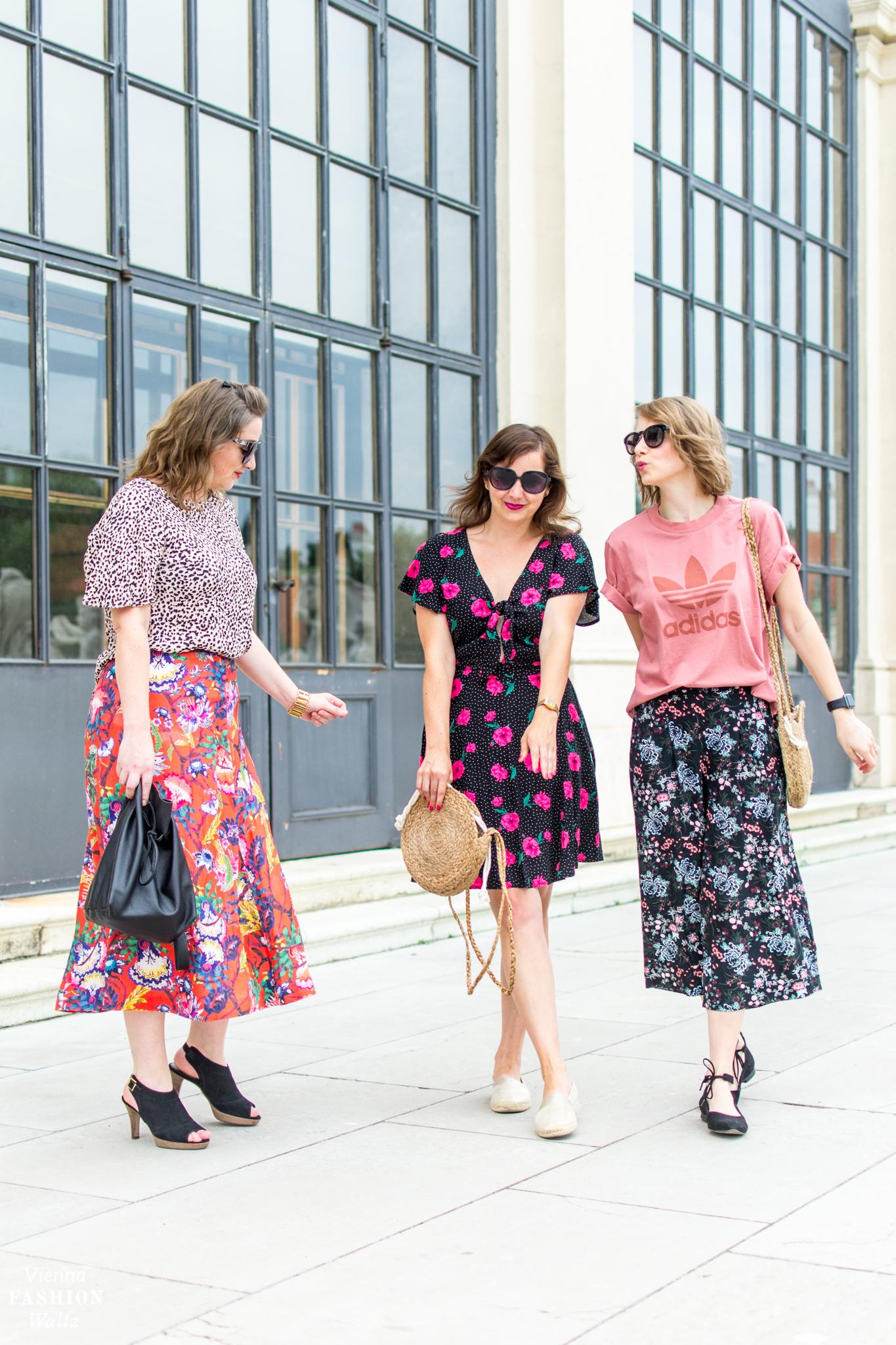Trend Basttasche trifft auf Kleid im Blumenprint New Yorker Mango Vienna Fashion Waltz
