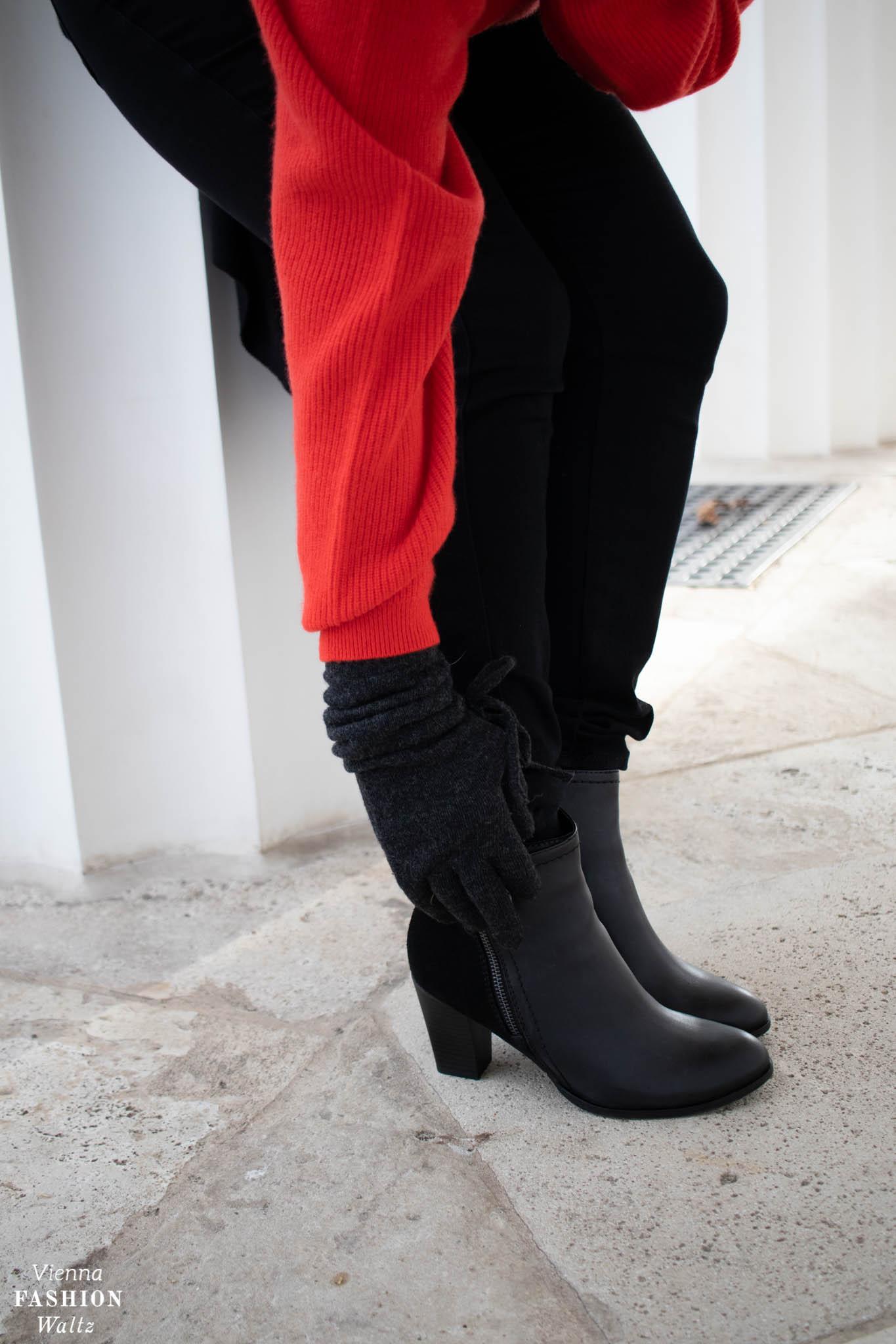 Roter Cashmerepullover von Jakes, Closed Jeans & Deichmann Boots Blog
