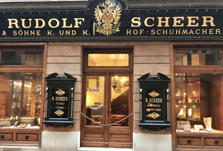 Accessorize your Scheer shoes handmade in Vienna
