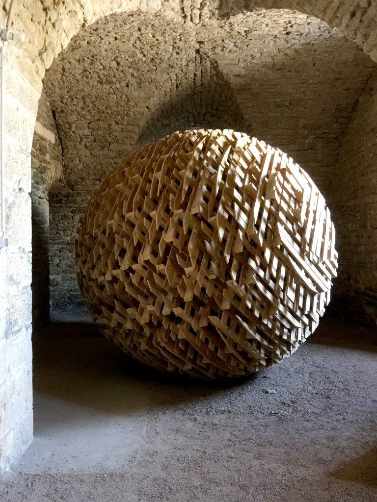 Oeuvre d'art dans l'abbaye de Corbigny