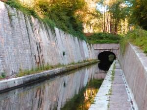 Canal du Nivernais galerie creusée