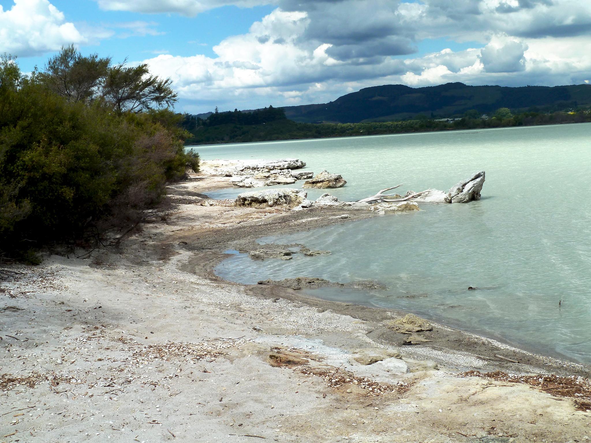 Rotorua lake en Nouvelle-Zélande