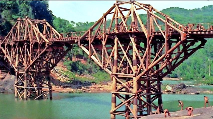 Pont en bois de la rivière Kwai