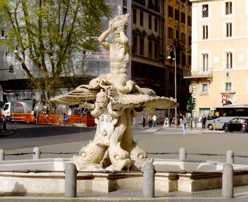 Rome fontaine du Triton