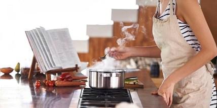 Profesionāli šefpavāru padomi kā izvairīties no kļūdām virtuvē.
