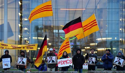_AFP_Germany bieu tinh