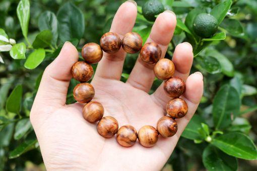 Vòng gỗ nu bách xanh 16mm - Việt Hương Trầm