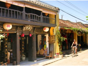 Cambodia Family Tours: Essential Indochina Family Tour