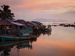 Cambodia Adventure Tours: Grand Cambodia Adventure Tour